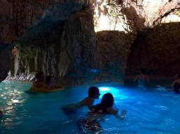 cave bath3